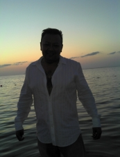 Manolo 50 y.o. from Mexico