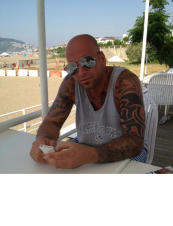 yalcin 39 y.o. from Sweden