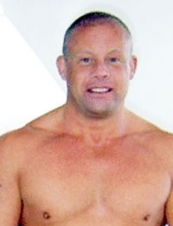 stephen 56 y.o. from UK