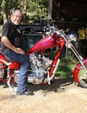 Harvey 72 y.o. from USA