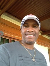 sheldon 47 y.o. from Trinidad and Tobago