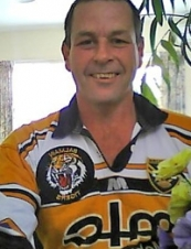 Andy from New Zealand52 y.o.