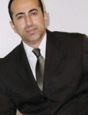 azad 44 y.o. from UK