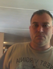 Edward 46 y.o. from USA
