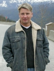 Robert 45 y.o. from Canada