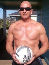 Ronnie 63 y.o. from USA