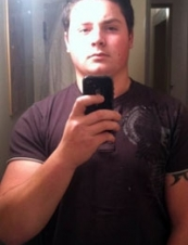 chaz 29 y.o. from USA