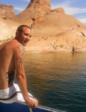 Eric 36 y.o. from USA