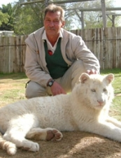 chris 64 y.o. from South Africa
