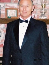 Dick 73 y.o. from USA