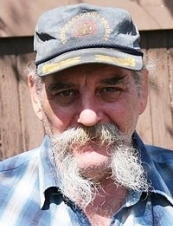 Eugene 66 y.o. from USA