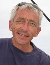 Pierre 63 y.o. from France