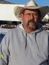 ralph 58 y.o. from USA