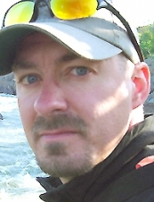 Denis 48 y.o. from USA